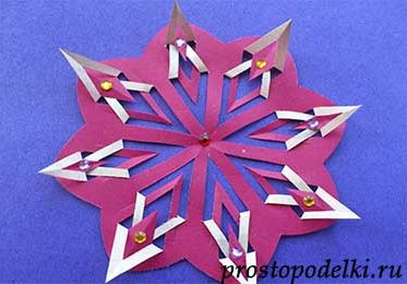 Снежинка киригами