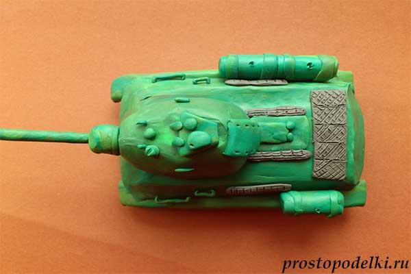 Танк Т-34 из пластилина-13