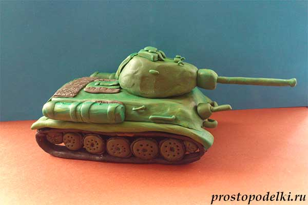 Танк Т-34 из пластилина-21