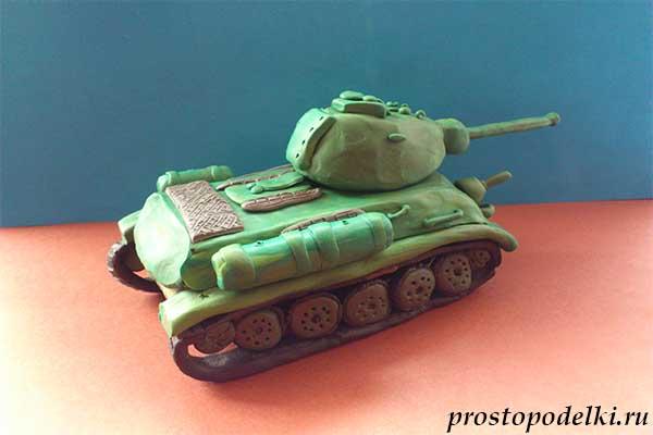 Танк Т-34 из пластилина-23