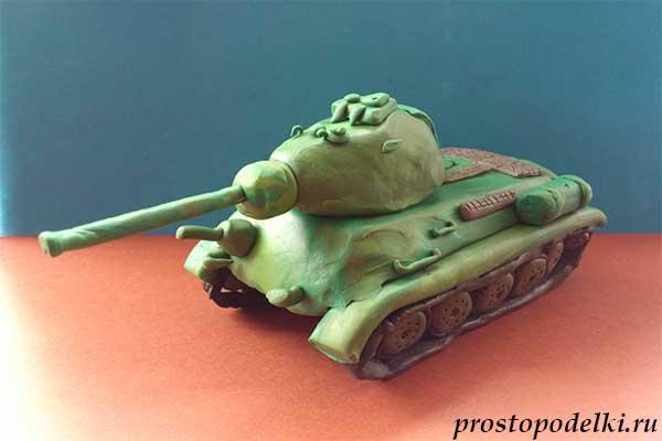 Танк Т-34 из пластилина-title