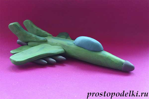 Истребитель из пластилина-13