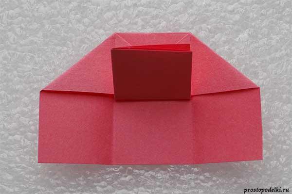 Стул из бумаги-11